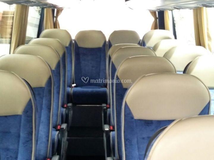 Interni minibus 19 posti