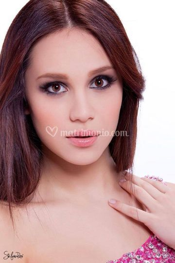 Manola Make Up