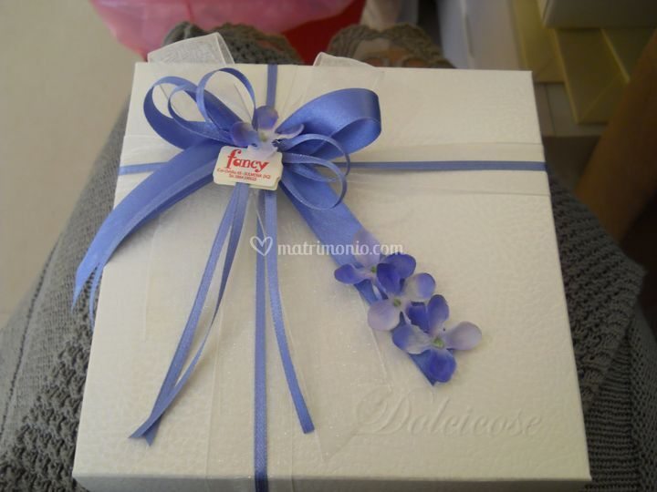 Confezione a tema azzurro