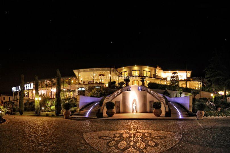 La location by night
