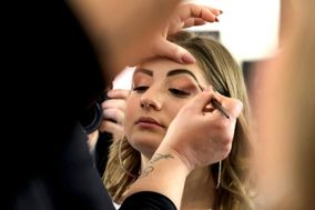 Edy Make-Up