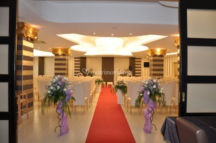 Sala silver and gold