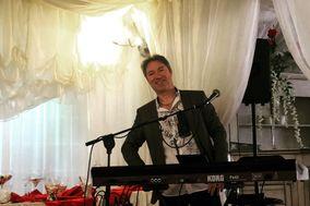 Massi Live Music & Karaoke
