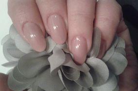 Mia Nails