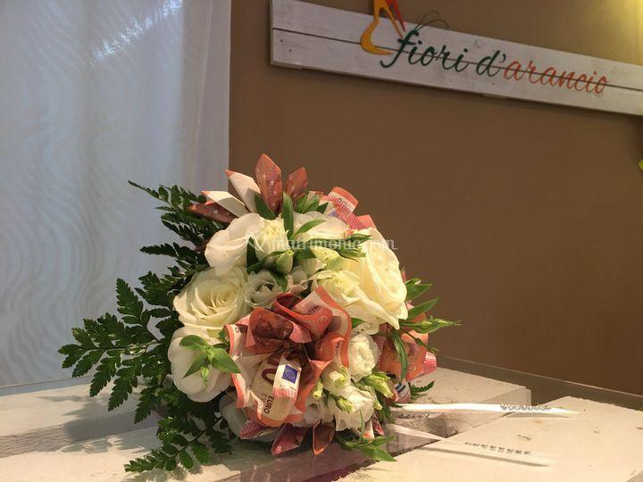 Bouquet fiori di soldi