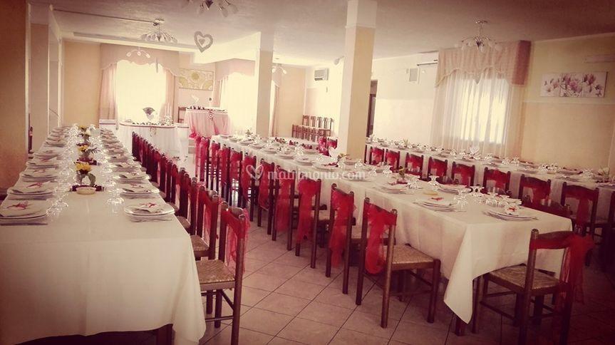 Sala decoro rosso/bianco
