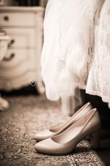 Scarpe e abito