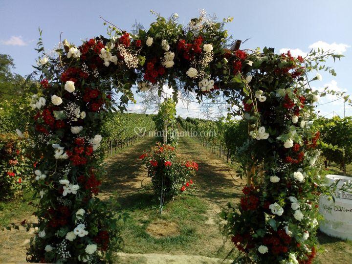 Arco sposi  bianco rosso