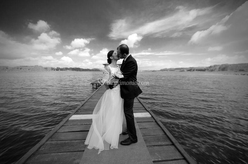 Sposi sul lago di Candia