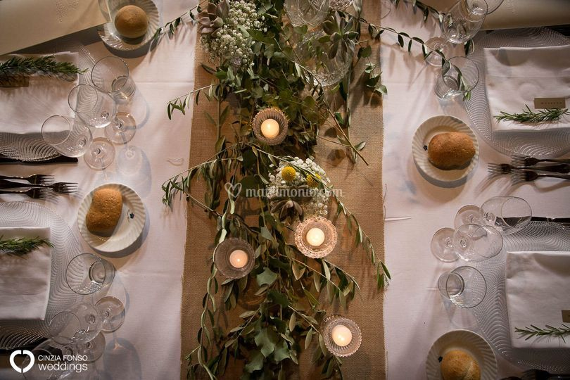 Tavolo imperiale con ulivo