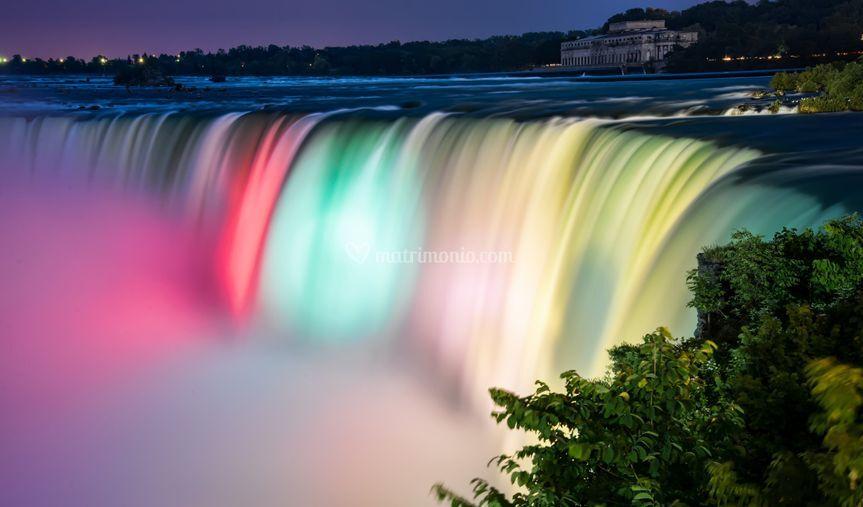 Niagara Falls illuminate