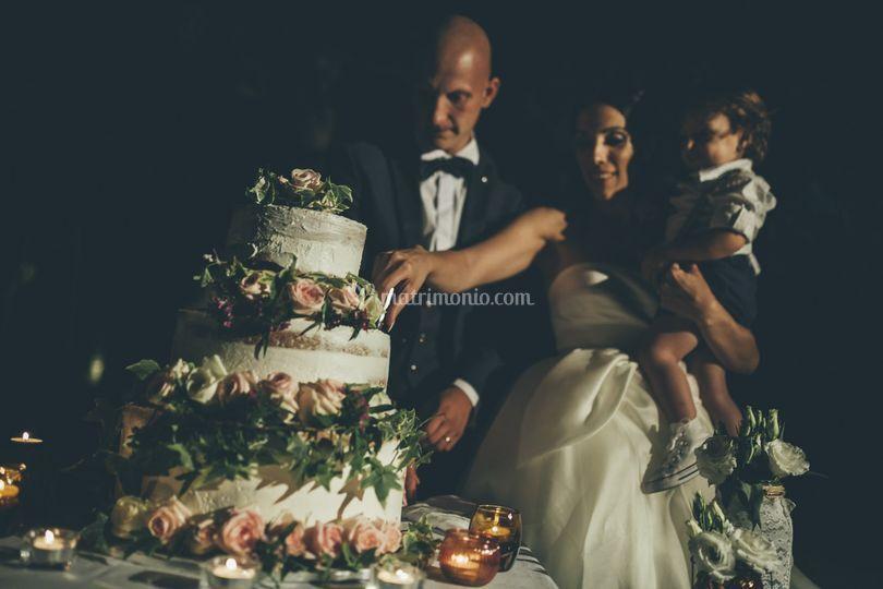 Allestimento floreale torta