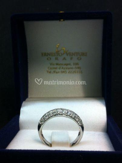 Anello oro diamanti