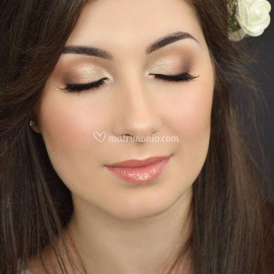 Eccezionale Alyna Make up IZ14