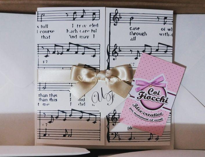 Invito elegante tema musica