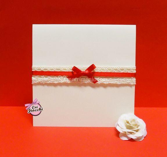 Romantico invito in pizzo di Coi Fiocchi wedding design