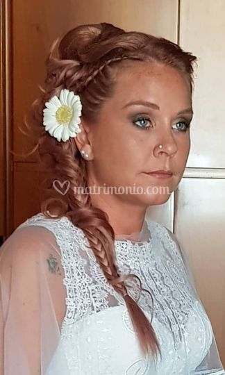 Unconventional wedding hair By