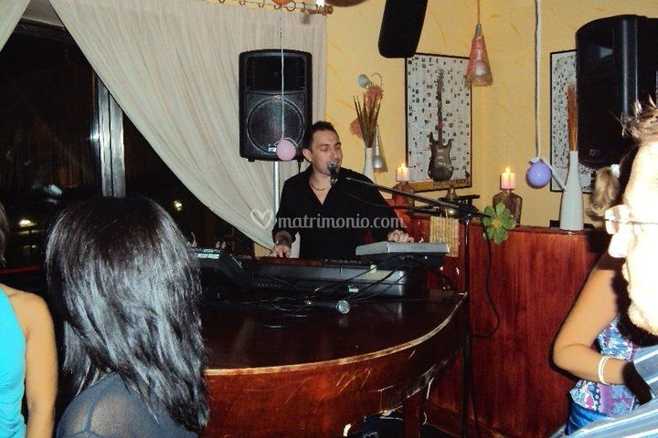 Live PianoShow & Dj set