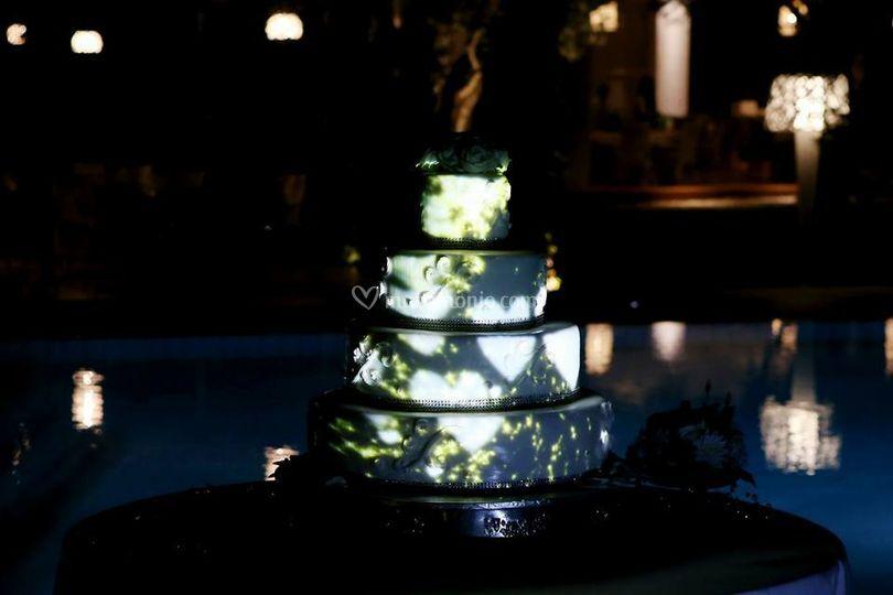 Video mapping torta nuziale