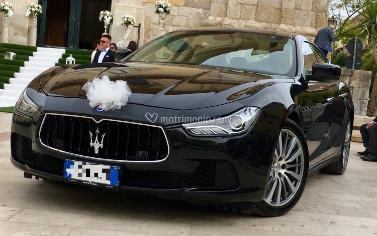 Maserati ghibli nera