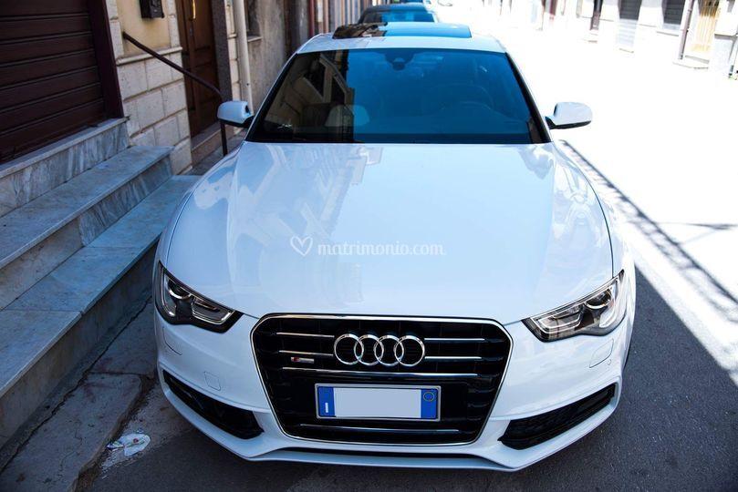 Audi bianca A5