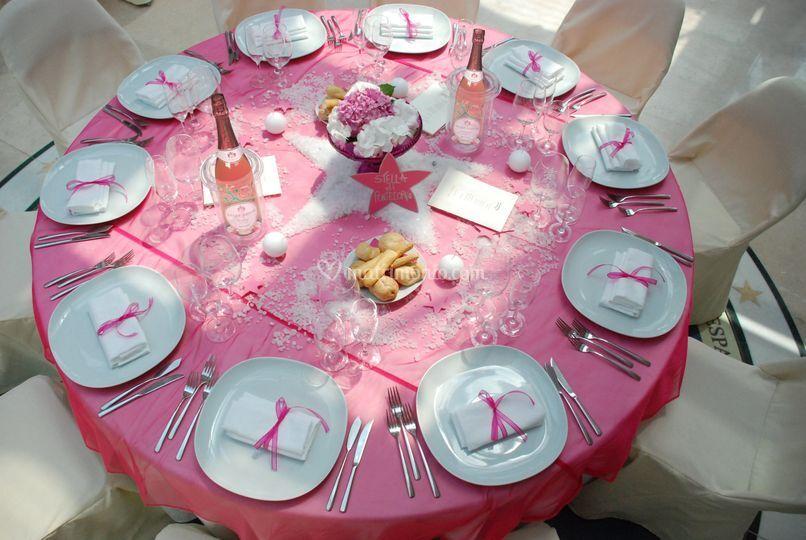 Tavolo in rosa