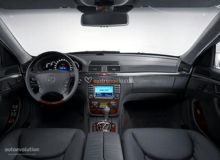 Mercedes serie S grigio