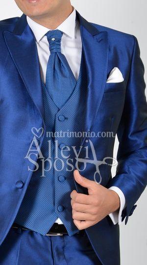 Vestito Matrimonio Uomo Blu Elettrico : Allevi sposo gente e moda