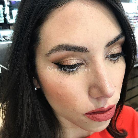 Makeup sera