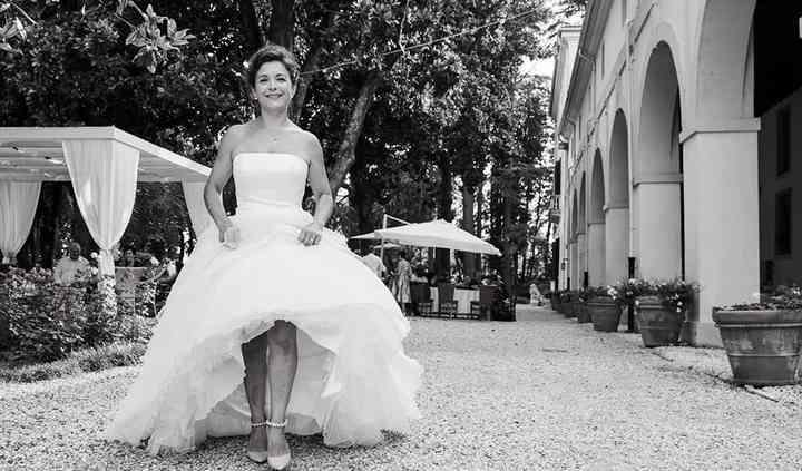 Sposa e portico