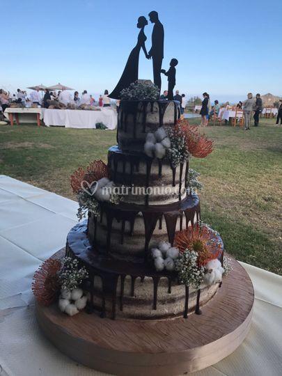 Nude drip Wedding cake