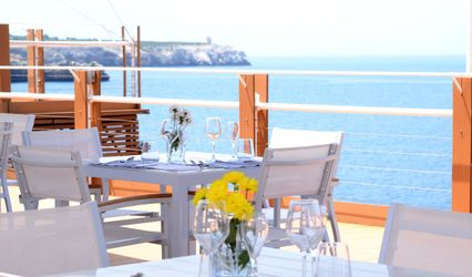 iCLUB Lounge Restaurant 1
