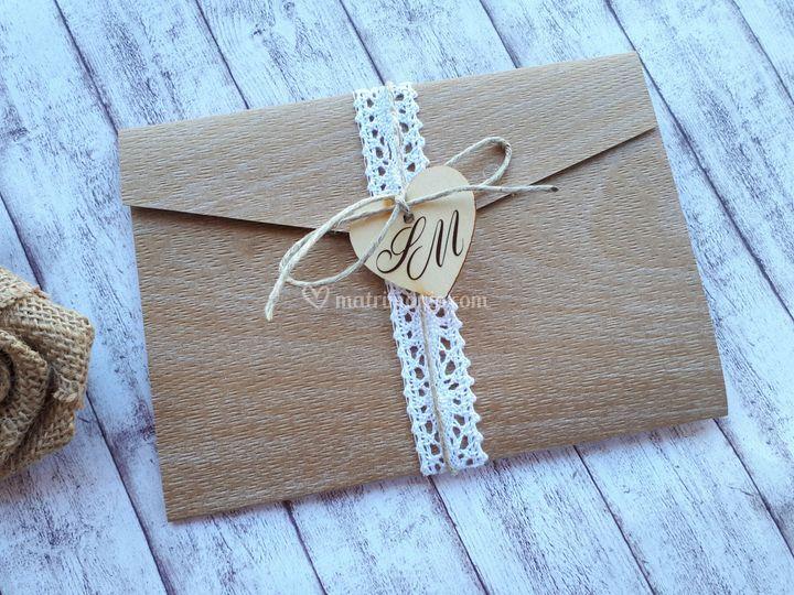 Pizzo e carta legno