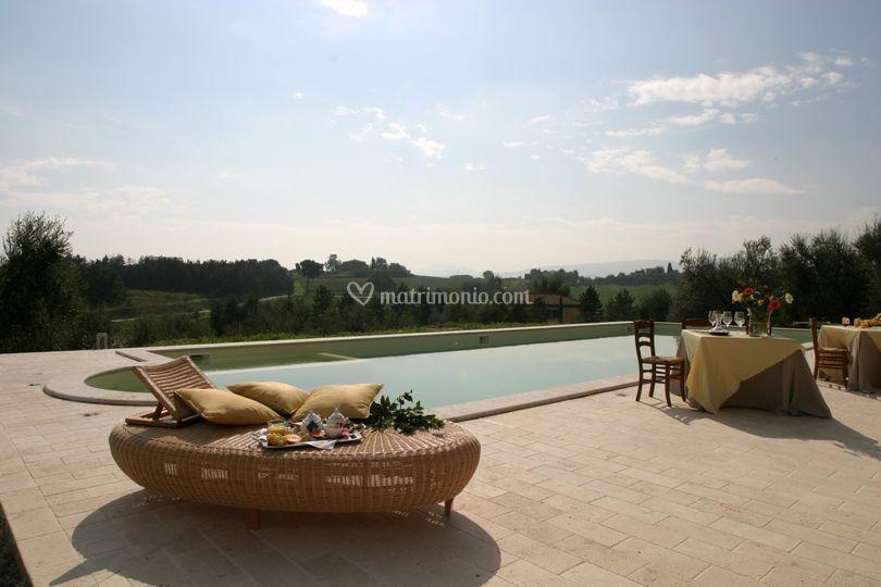 Matrimonio Tra Gli Ulivi Toscana : Relais villa grazianella