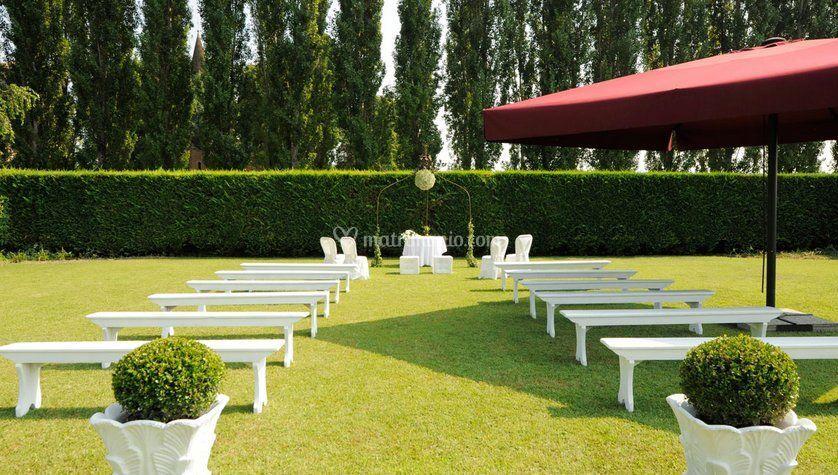 Allestimento giardino di Casa Bastia  Foto