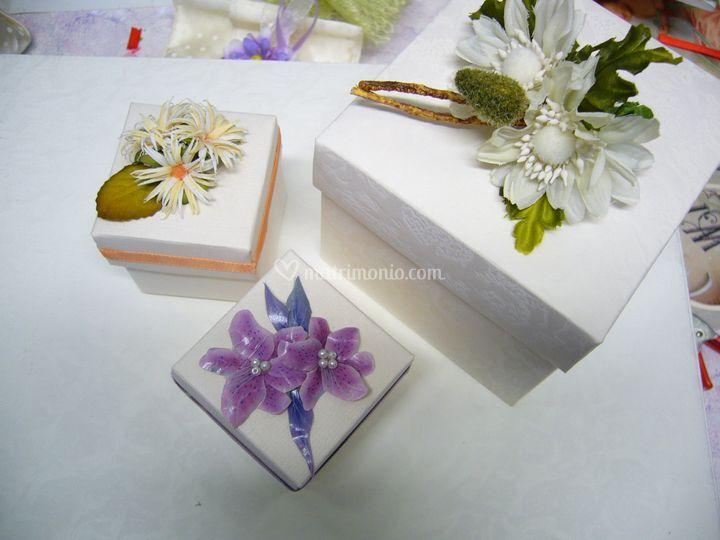 Bomboniere scatoline e fiori