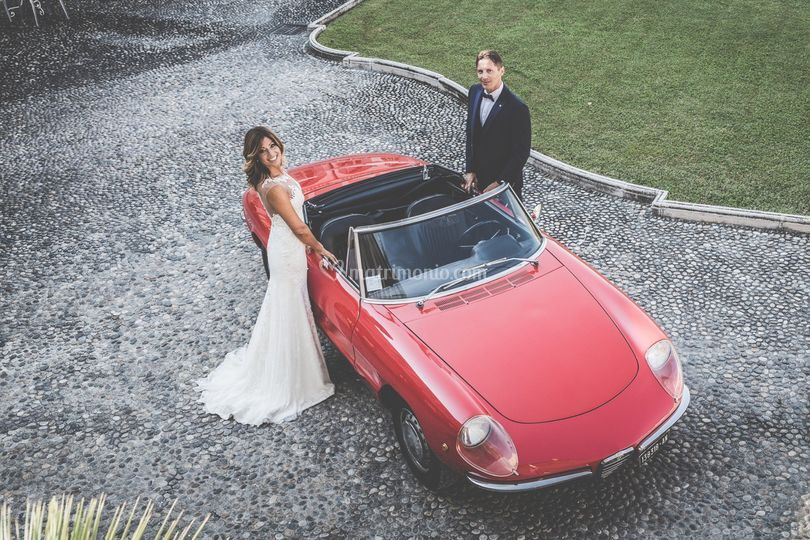 Alfa Romeo Duetto osso seppia