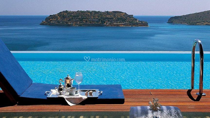 Relax a bordo piscina.