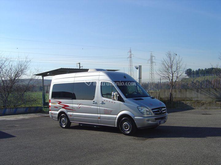 Minibus 8 posti