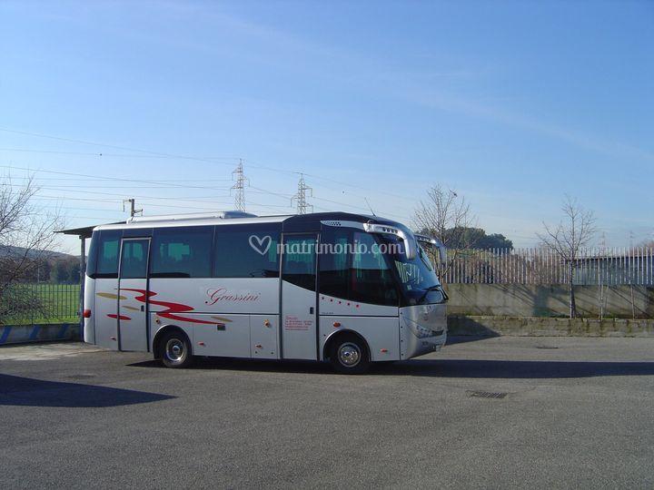 Minibus 28 posti