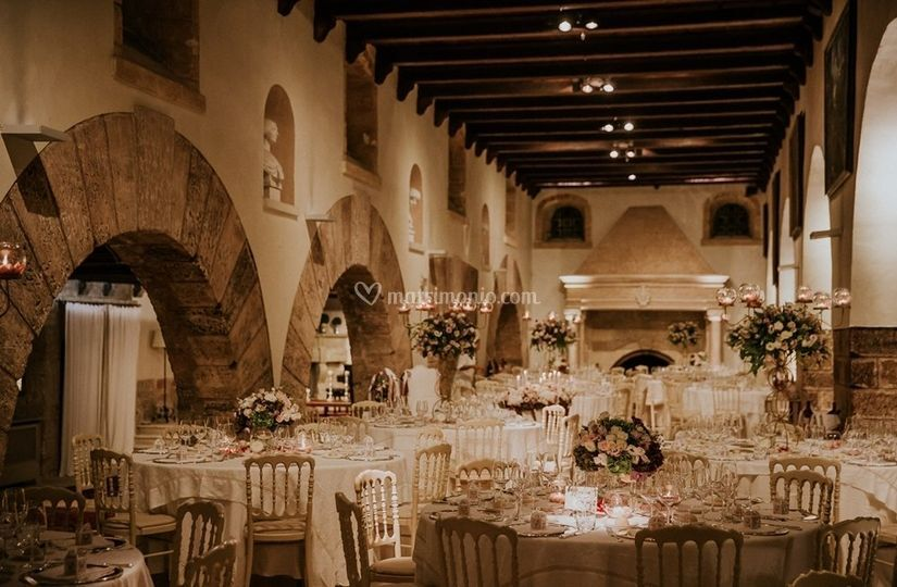 Luxury wedding in a castle