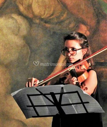 Angelica Cristofari - Viola
