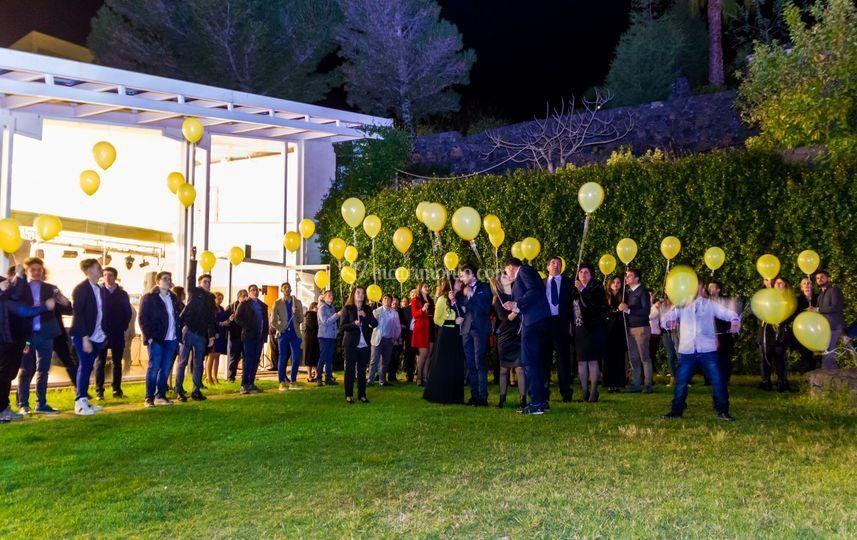Lancio  palloncini luminosi