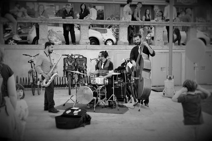 Italian Swing Frequency