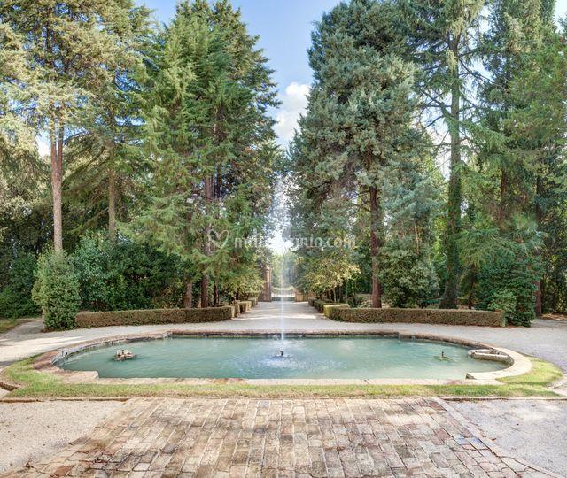 Fontana e Giardino della Villa