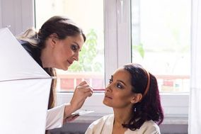 Azzurra P Make Up Service