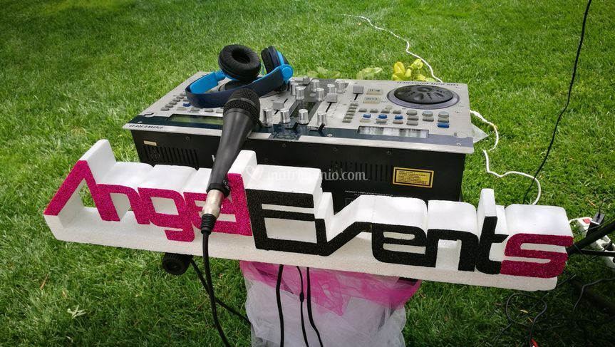 Angel events musica spettacolo for Piscina h2o aversa