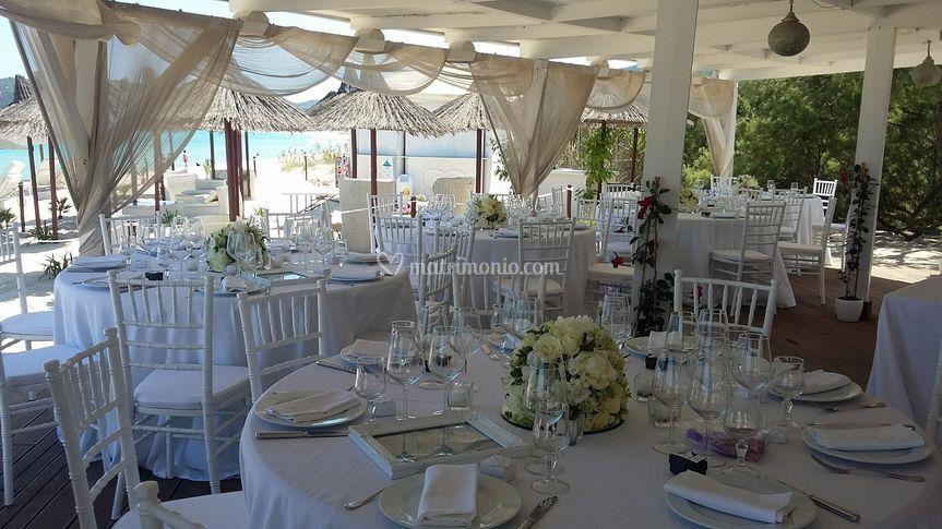 Matrimonio Spiaggia Cagliari : Arti e archi