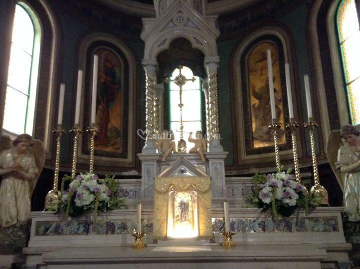 San Martino - dettaglio altare