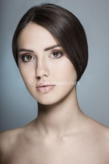 Makeup natural nude